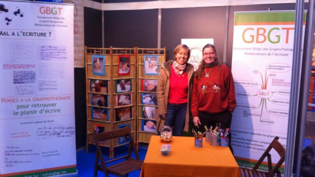Le stand du Groupement Belge des Graphothérapeutes au Salon de l'Education à Charleroi